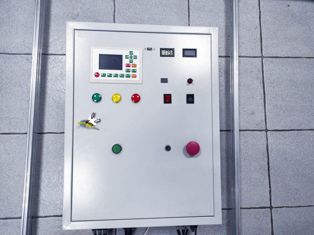 An Endurance 80 watt Custom Co2 Machine (6x5' working size area)