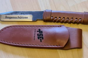 Knife and leather engraving