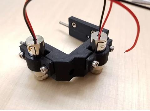 Cross line laser holder for better and easy focusing