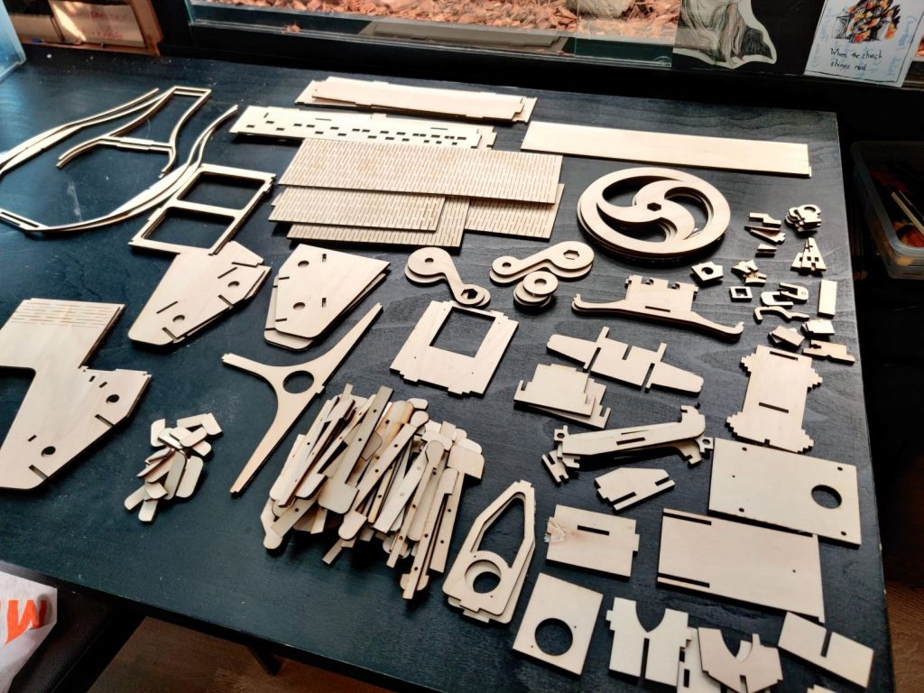 Lasercut and 3D Printed Medieval Instrument - Nerdy Gurdy Project