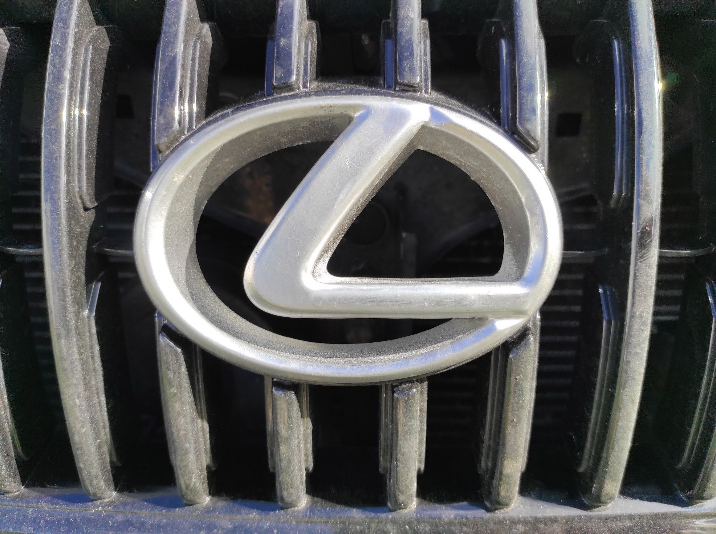 Lexus LOGO in front of the car